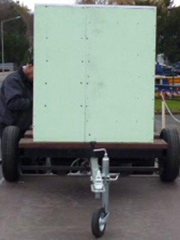 VOLLISOLIERTE mobile Weidetränke / fahrbare Tränke 1000 Liter (8) inkl. BEHEIZBARER TRÄNKE IBC Tank auf Kunststoffpalette auf Anhängen Komplett neu - 3
